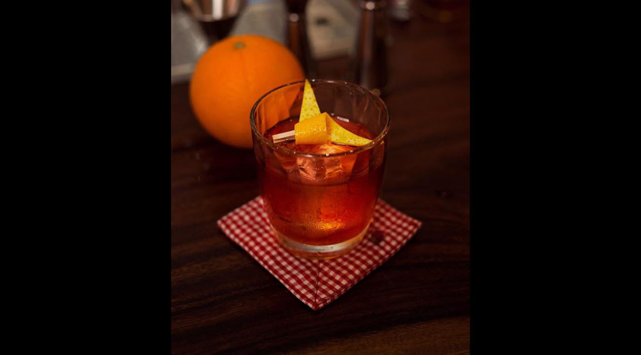 Sip App | The Alley negroni cocktail
