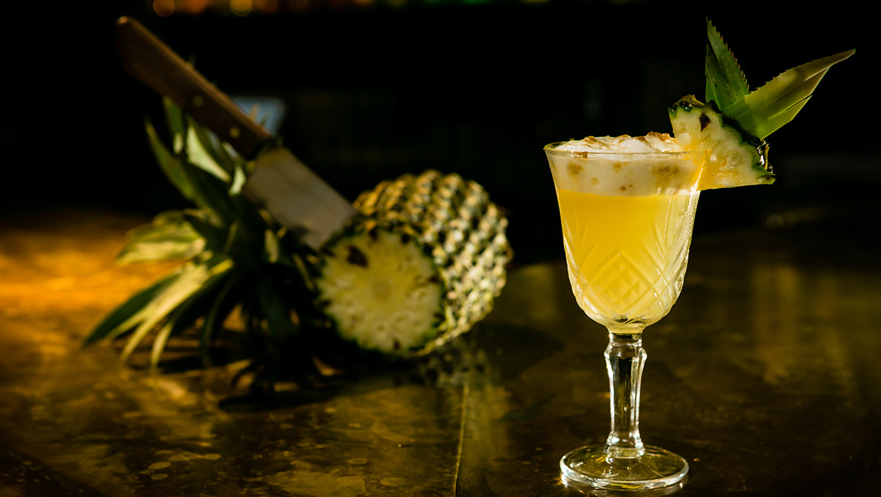 Bann bar cocktail pineapple